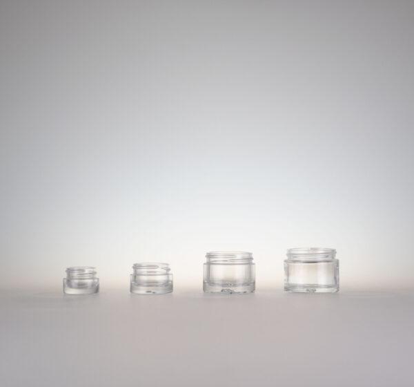 Topf farbloses Glas